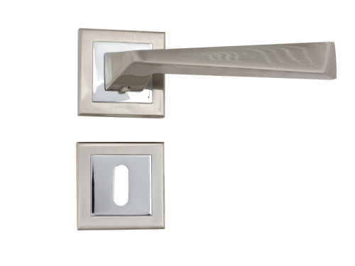 LEVER DOOR - Z1321E8 SN + CP - KEY TYPE