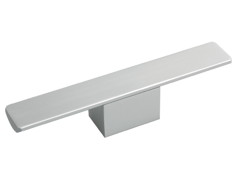 ALUMINIUM HANDLE (YD318) - 32 X 150mm SC