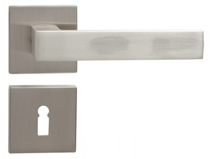 LEVER DOOR HND- Z5-4873 BN CYLINDER